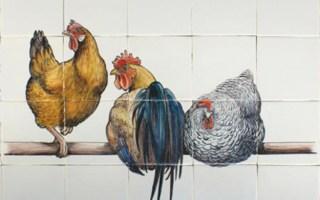 Kippen op Tegels
