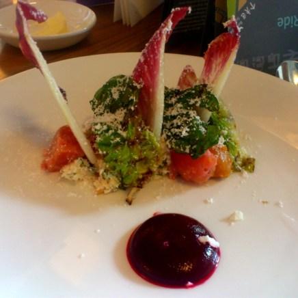 Salat mit Rote Bete Sauce