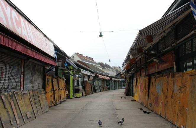 Der Naschmarkt an einem Sonntag nachmittag