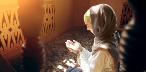 Muslim woman praying 1