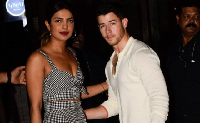 Priyanka, nick, priyanka chopra, nick jonas, Bollywood, couple, celeb couple, celebrities, Hollywood, IIFA,