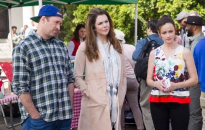 Gilmore Girls: A Year in the Life - Scott Patterson, Lauren Graham, Alexis Bledel (Saeed Adyani/Netflix)