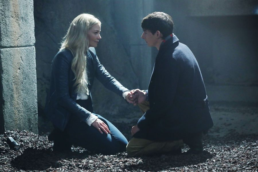 Once Upon a Time: 6 Best Moments From 'Street Rats' (Season 6 Episode 5)