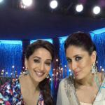 Kareena's elegant selfie with Madhuri