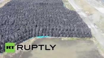 福島第一原発事故によって流出した放射性物質の廃棄物を空撮した映像が怖すぎる