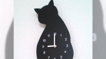ニトリでかった可愛い猫型の時計・・・せっかく設置したけどどうもイヤな予感が(笑)