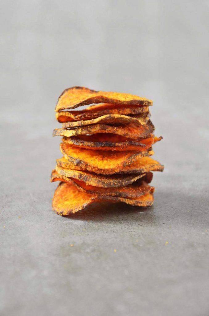 Chips de batata doce crocante e assado