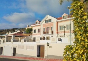 4 Bed 6 Bath Villa For Sale in Roque Del Conde 1,190,000 €