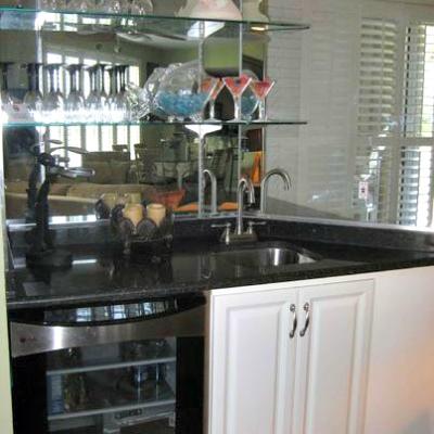 Sterling Sands Destin rental condo living room bar