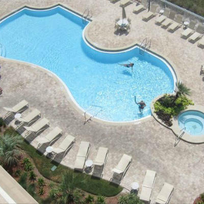 Sterling Sands Destin rental condo swimming pool