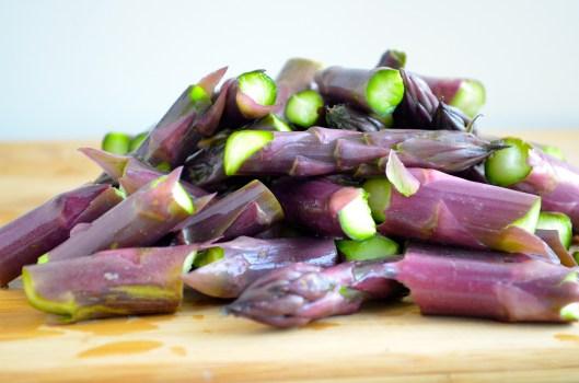purple asparragus salad