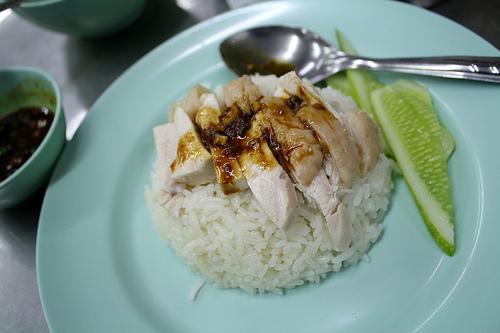 タイ料理ならカオマンガイがオススメ