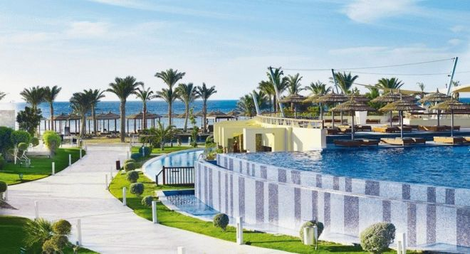 Отель «Coral Sea Imperial Resort» 5*