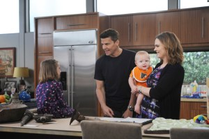 "BONES:  L-R:  Guest star Sunnie Pelant, David Boreanaz and Emily Deschanel in the ""The Loyalty in the Lie"" season premiere of BONES airing Thursday, Oct. 1 (8:00-9:00 PM ET/PT) on FOX.  ©2015 Fox Broadcasting Co.  Cr:  Ray Mickshaw/FOX"