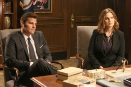 "BONES: L-R: David Boreanaz and Emily Deschanel in the ""The Senator in the Street Sweeper"" episode of BONES airing Thursday, Nov. 5 (8:00-9:00 PM ET/PT) on FOX. ©2015 Fox Broadcasting Co. Cr: Patrick McElhenney/FOX"