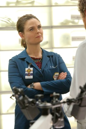 "BONES: Emily Deschanel in the ""The Fight in the Fixer"" episode of BONES airing Thursday, May 12 (8:00-9:00 PM ET/PT) on FOX. ©2016 Fox Broadcasting Co. Cr: Patrick McElhenney/FOX"