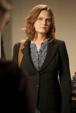 "BONES: Emily Deschanel in the ""The Secret in the Service"" episode of BONES airing Thursday, May 26 (8:00-9:00 PM ET/PT) on FOX. ©2016 Fox Broadcasting Co. Cr: Patrick McElhenney/FOX"