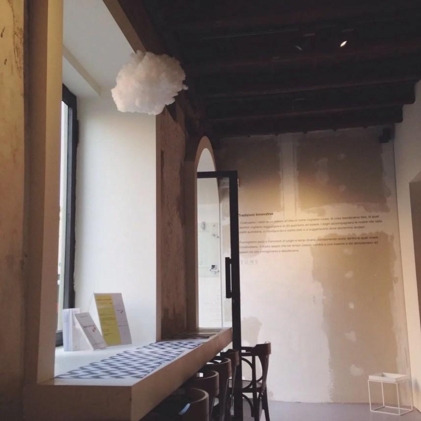 INGRIDESIGN Buns Monza interior entrance