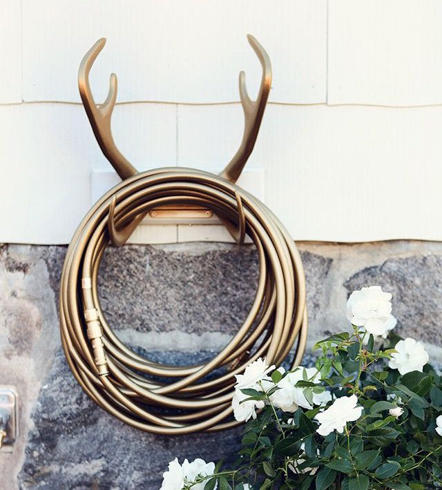 Reindeer wallmount god by Garden Glory