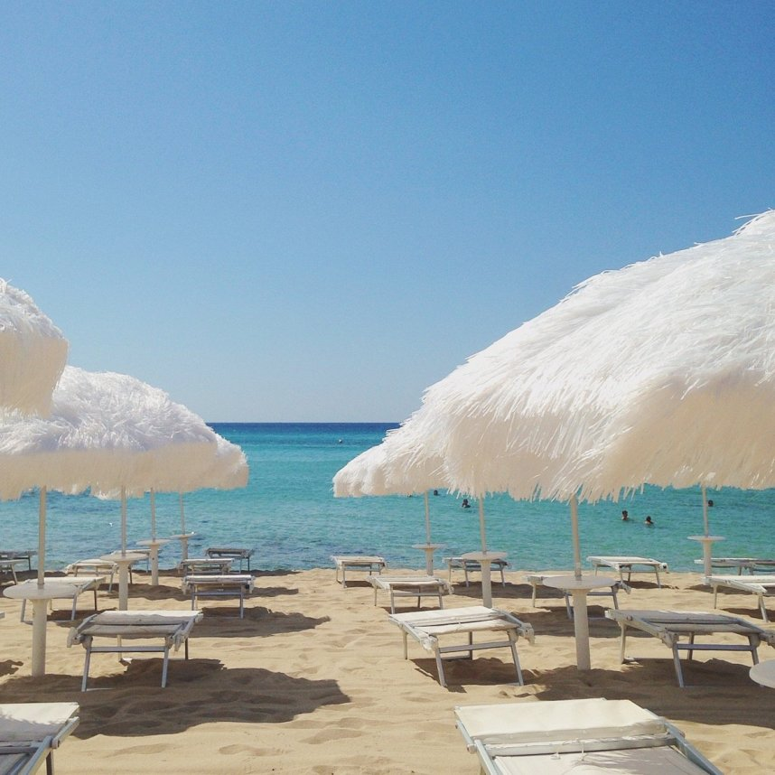 INGRIDESIGN_snapshots from Puglia :: empty beach