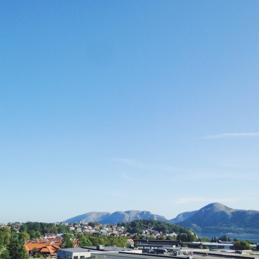 INGRIDESIGN_norwegian mood_fjord view