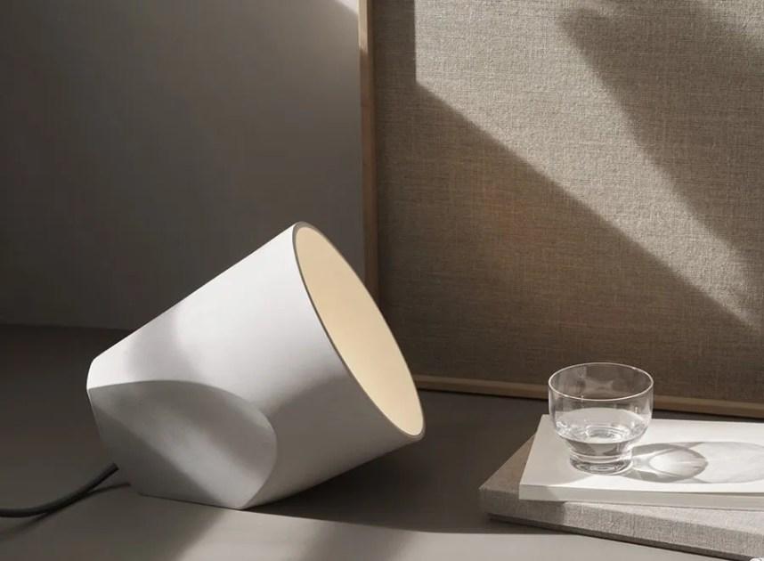 noinoi_on_the_edge_lamp