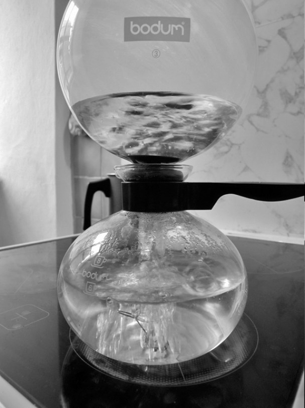 Starbucks Siphon Coffee Maker : Brewing with the Bodum Pebo (a.k.a. Santos)