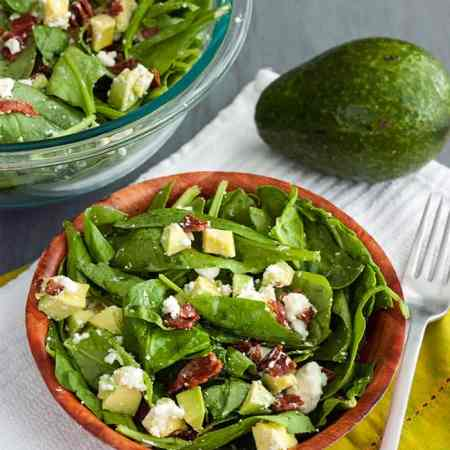 Bacon Salad with Avocado and Goat Cheese