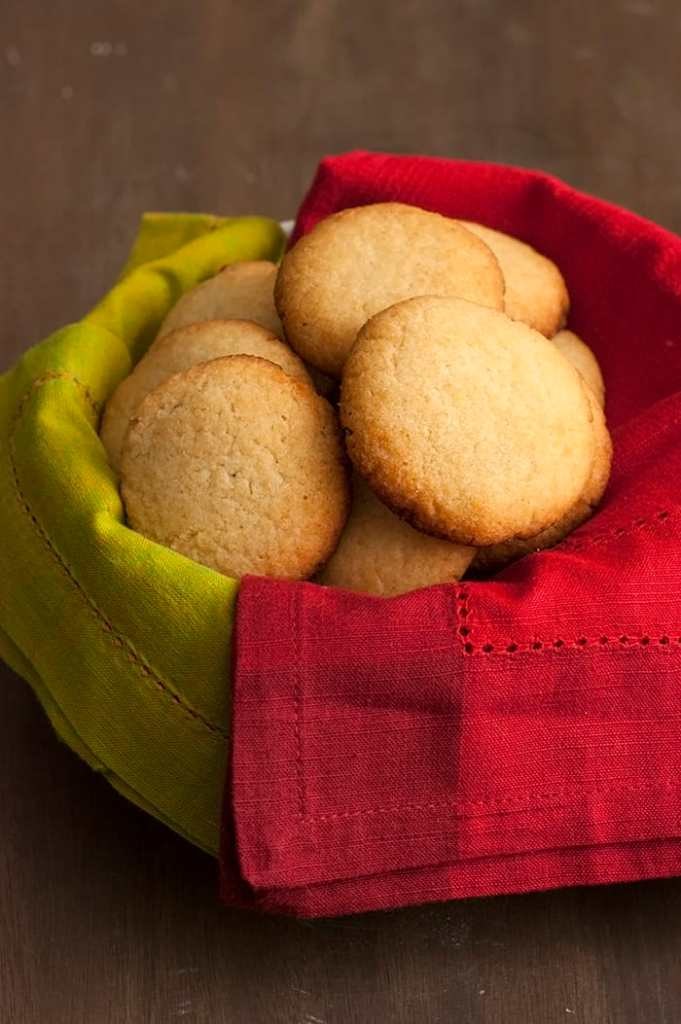 These Low Carb Sugar Cookies are the result over those sugary cookie cravings! They're soft, buttery and bring back those tasty holiday memories. But they don't contain any sugar, refined flour or butter.