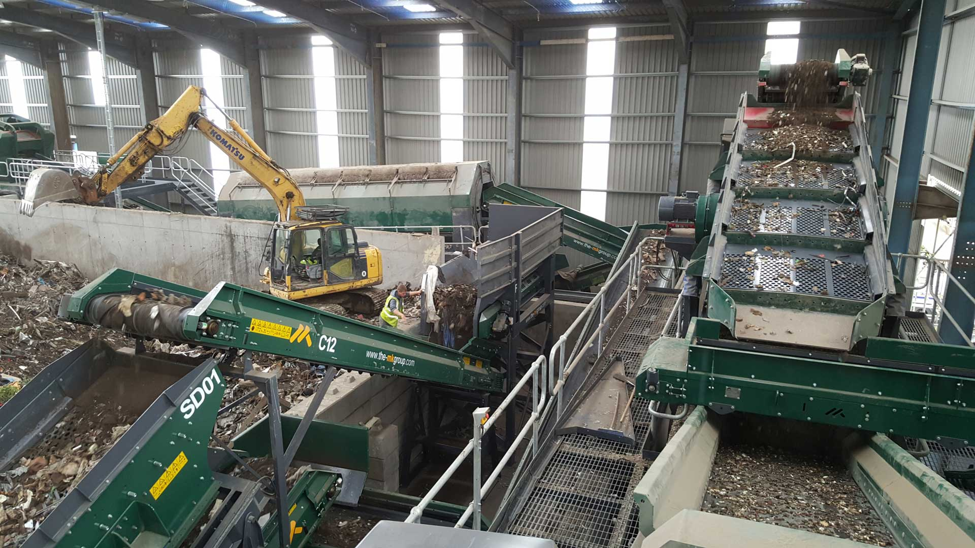 Waste Recycling Solutions. Bryn Recycling. 80 tons per hour Skip Waste
