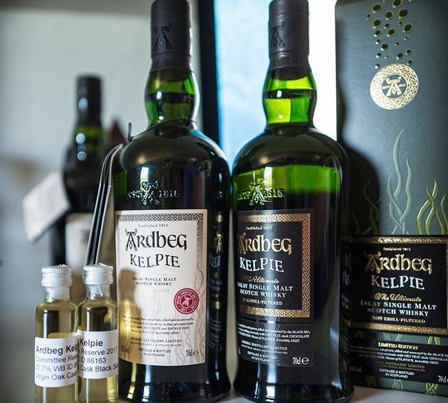 Reunited and it feels so good...  At in Berlin we tasted plenty of but the Special Committee Only Edition was missing. So I got a bottle and two samples. Soon we will give the latest @ardbeg a try.