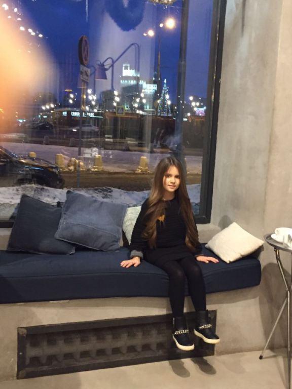 Злата Бобрицкая. Интервью с юной певицей: «Мне очень повезло: у меня есть друг!»