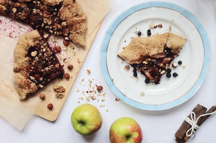 На кухне с Дашей: что делать с яблочным урожаем?