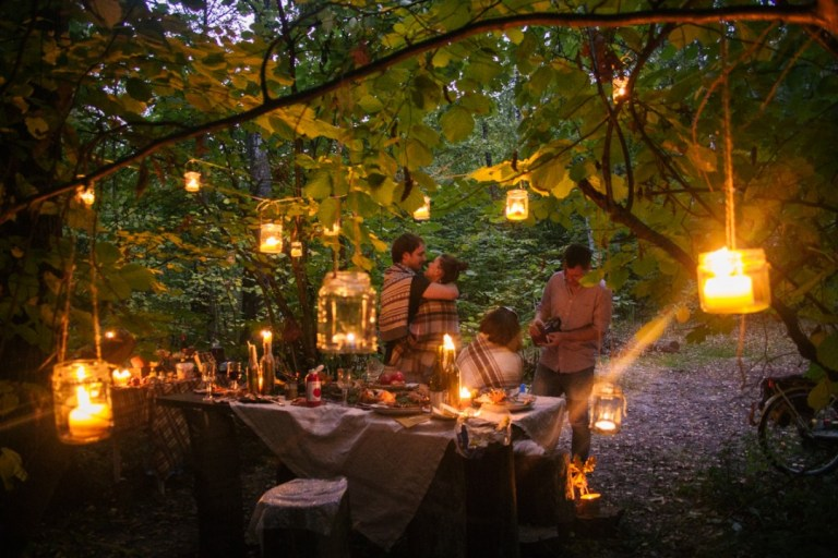 Уют и немного магии: день рождения в лесу