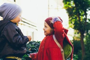 Держаться за руки: дружба Ромы и Сони