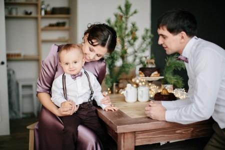 Новогоднее чудо: семейная съемка Тимы и его родителей