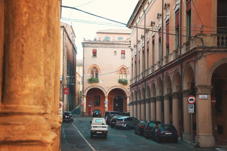 Город студентов: прогулка по Болонье