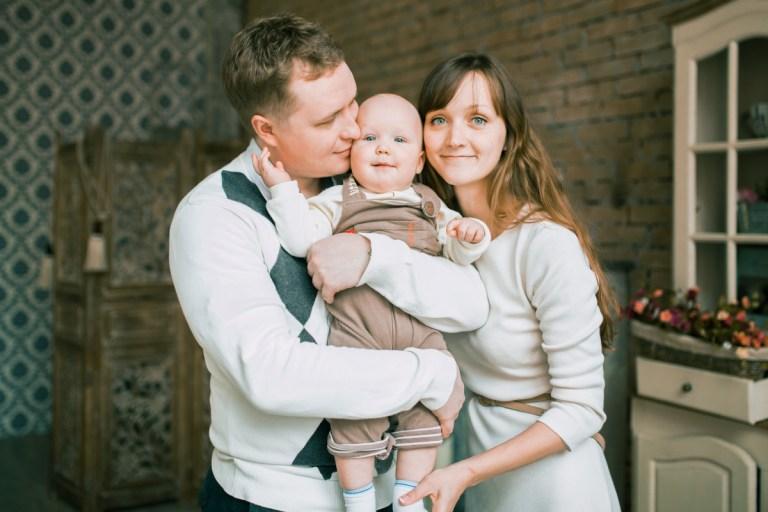 Счастье быть вместе: Никита с родителями