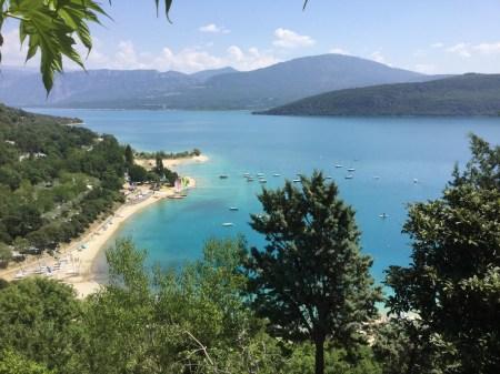 По горной дороге: путешествие на озеро Сент-Круа