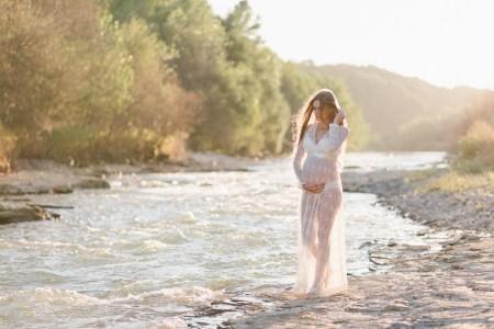 Гармония и нежность: Мария в ожидании малыша