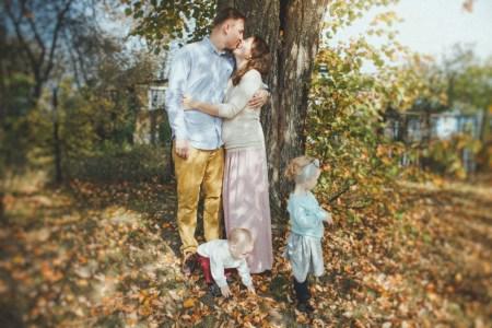 Яблоневый сад: история одной семьи