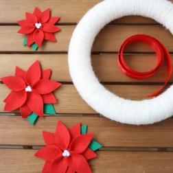 Сделай сам: новогодний венок с пуансетией