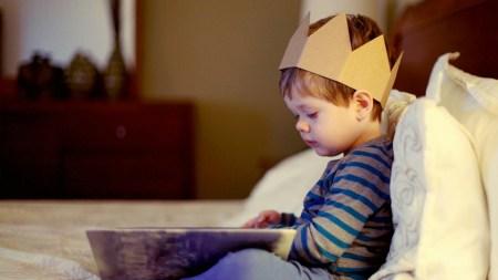 С мамой о маме: как заинтересовать ребенка слушать сказки?