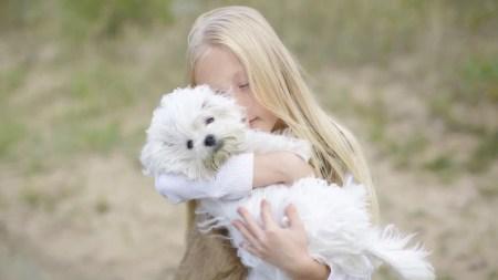 Доброе видео про двух малышей – Яника и Умку