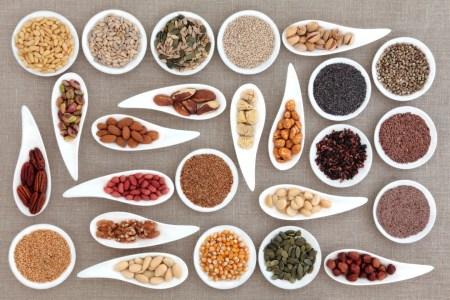 10 фактов о пользе орехов и семян