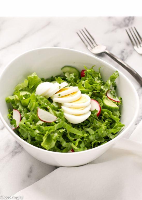 Легкий болгарский салат