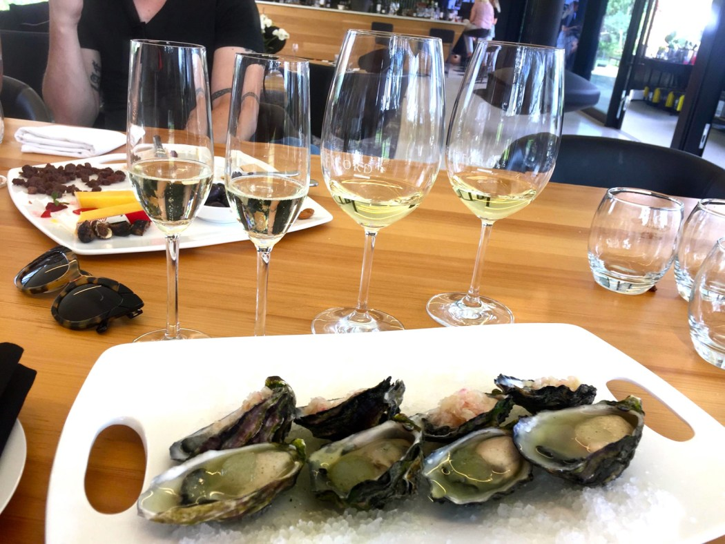 Oysters and sparkling, what better combo?