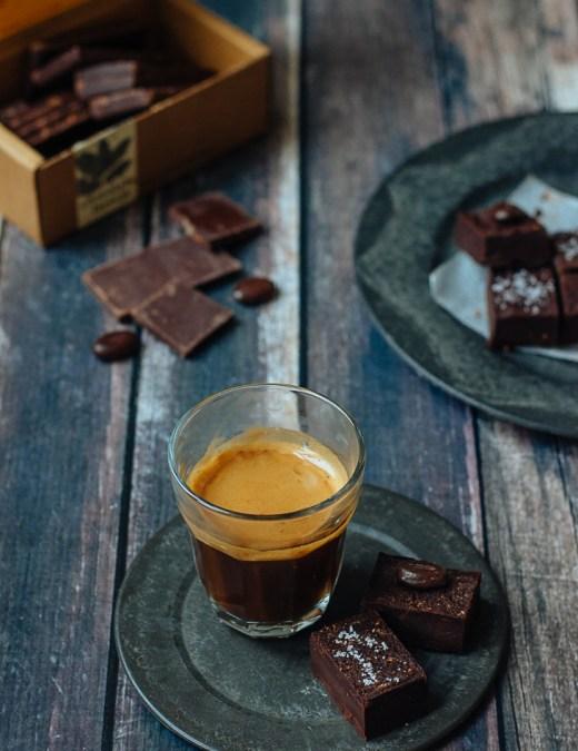 chocolate_salt_coffee_truffels_donna_hay_TLT1