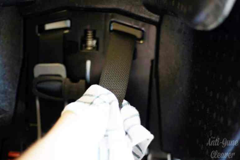 how to clean a car seat the anti june cleaver. Black Bedroom Furniture Sets. Home Design Ideas