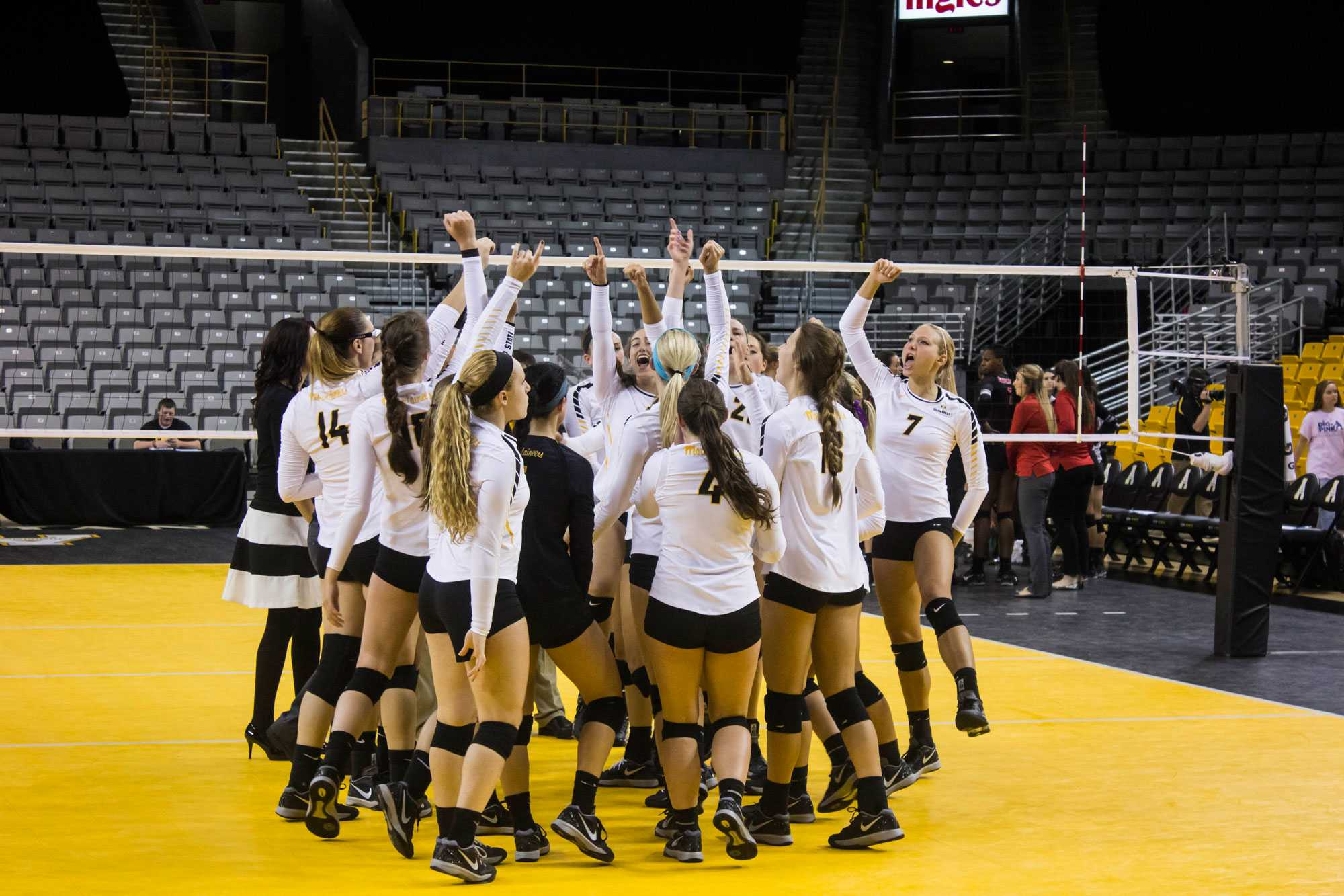 In photos: Appalachian State volleyball team win over Gardner-Webb